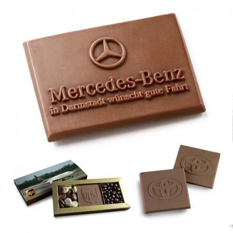 שוקולד עם לוגו מוטבע