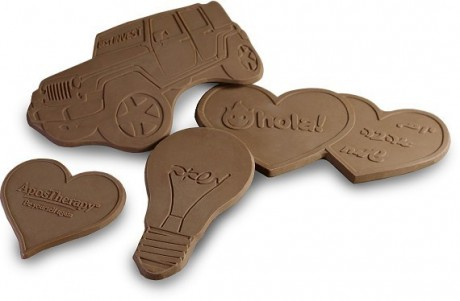 שוקולדים בצורות לפי דרישה