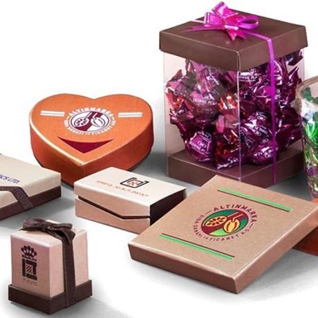מארזי שוקולד ממותגים לעובדים וללקוחות