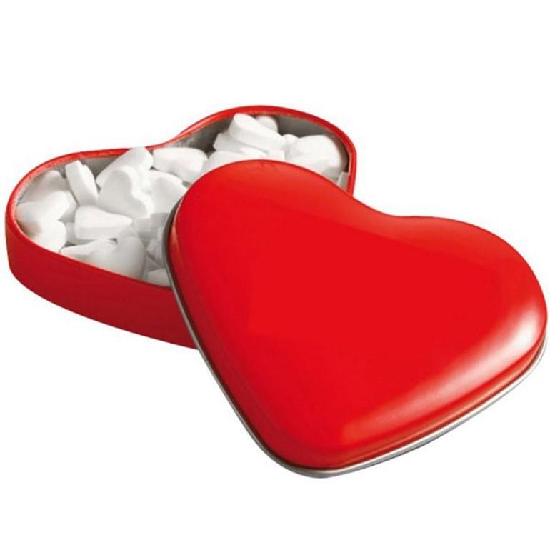 קופסת פח ממותגת בצורת לב - גם באדום קלאסי